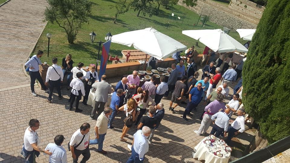 Immagine Assicurazione – Toscana – 500 persone – Convention
